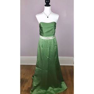 Alfred Angelo Dresses - NWT ALFRED ANGELO Green Prom Bridesmaid Dress